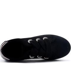 Basket noire en simili daim à lacet