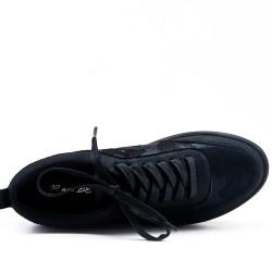 Basket noire avec plateforme à lacet