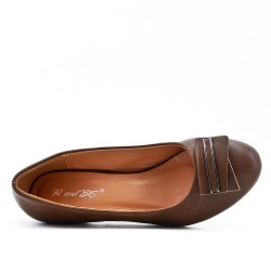 Khaki pump in faux leather