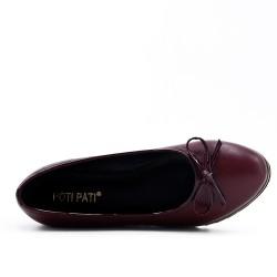 Chaussure rouge à petit compensé