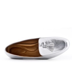 Silver moccasin with pompom