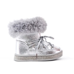 Furry girl boot with lace