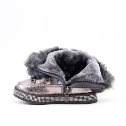 Furry girl gray boot with lace