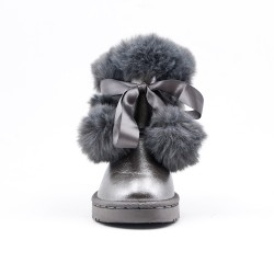 Gray tasselled girl bootie with tassel