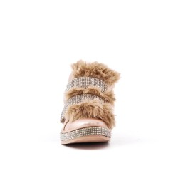 Champagne-filled girl boot with strasse