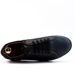 Basket noire à détail perforé