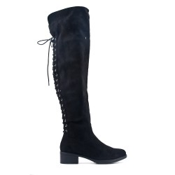 Black boot in faux suede with lace