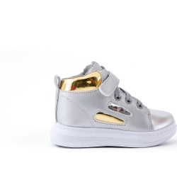 Gray high-top sneaker with lace for child
