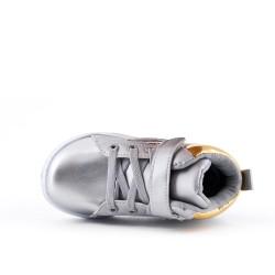 Zapatilla deportiva alta gris con encaje para niño