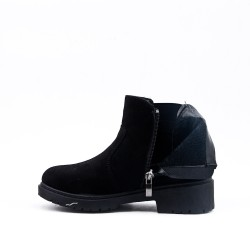 Furry girl black ankle boot with ruffle