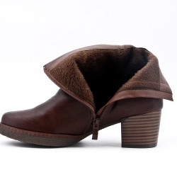 Brown leatherette ankle boot with bow