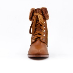 Camel ankle boot in faux fur leather