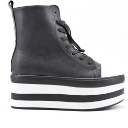 Gray imitation leather ankle boot with platform