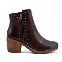 Brown ankle boot with zipped faux leather