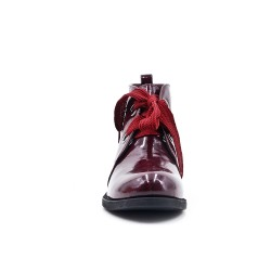 Bottine rouge en simili cuir
