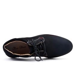 Derby noire en simili cuir perforé à lacet