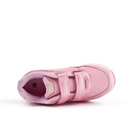 Pink girl sneaker with star pattern