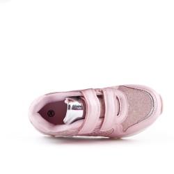 Basket rose fille à motif cœur