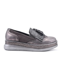 Gray moccasin with pompom