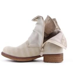 Khaki leather-look boot