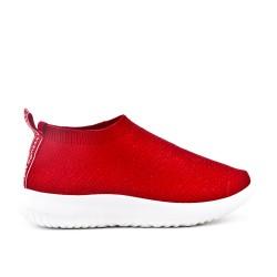Basket basse rouge en textile extensible