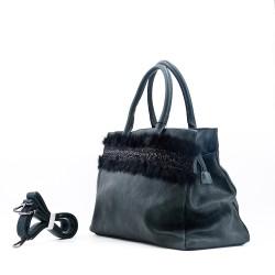 Handbag with fur