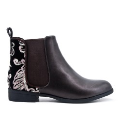 Brown imitation leather ankle boot with flower embroidery