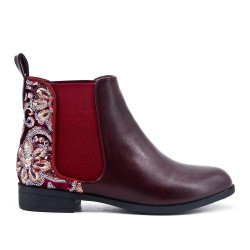 Red imitation leather ankle boot with flower embroidery