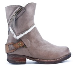Furry gray boot with faux leather