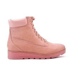 Pink comfort boot with lace