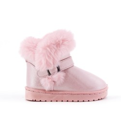 Furry pink girl boot