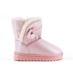 Furry pink girl boot with flower