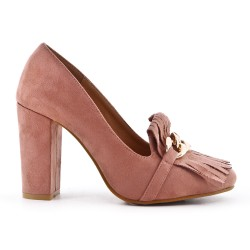Pink pumps with bangs and high heels