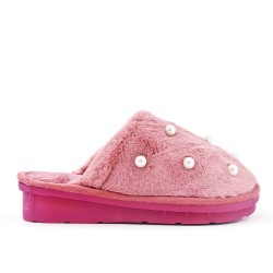 Pearl lined women's slipper
