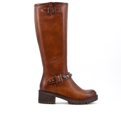 Camel imitation leather boot with flange