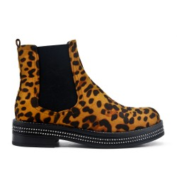 Leopard boot with elastic panel
