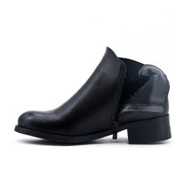 Black ankle boot with elasticated leather