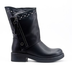 Black imitation leather boot with rhinestones