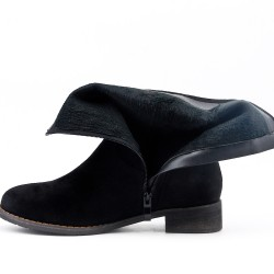Botín negro en gamuza sintética con tacón