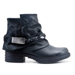 Black imitation leather boot with braided bridle
