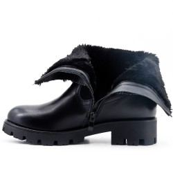 Black imitation leather boot with a fur-lined upper