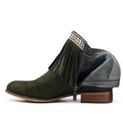 Green ankle boot in faux suede with fringe