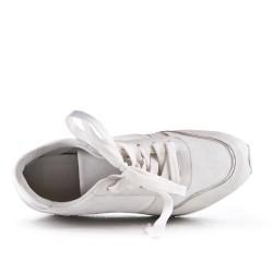 Basket blanche avec plateforme à lacet