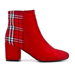Red ankle boot with check pattern with heel