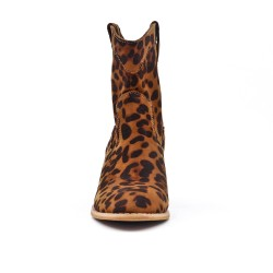 Leopard boot with heel