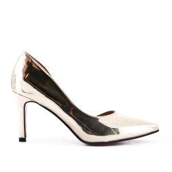 Golden pump in patent heel
