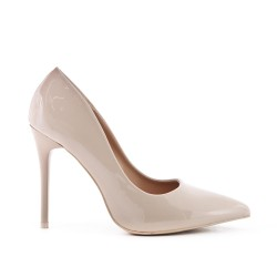 Beige patent leather heels