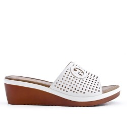 Large size - white flap with small wedge