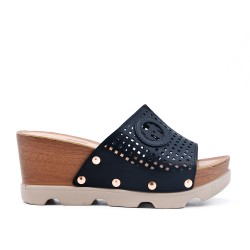 Black wedge clasp in imitation leather