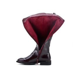 Red wine imitation leather boot with elasticated back panel